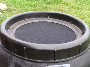 Screened open-top rain barrel