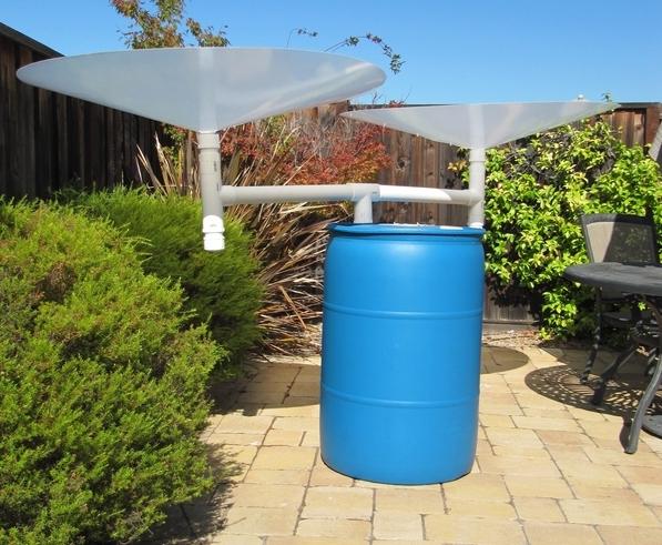 rain barrel with rain saucers